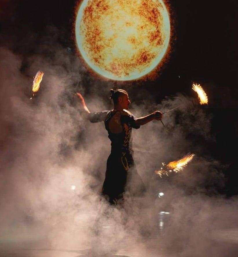 огнено-шоу-за-фирмено-събитие-Пламена-Стил-снимка-4