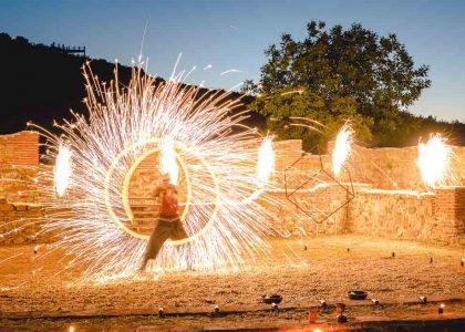 огнени-надписи-и-горящо-сърце-снимка-05